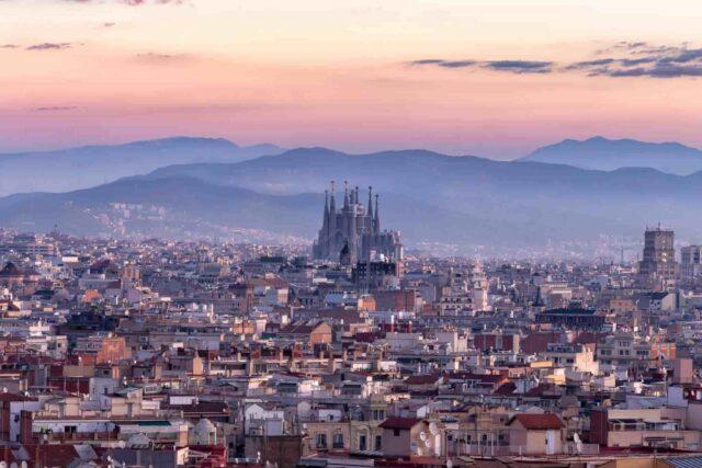 Barselona'da görülmesi gereken 10 yer | Barselona'da gezilecek yerler | Otobüsle Avrupa Turu