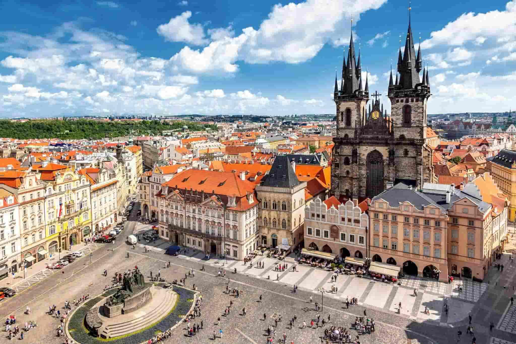Prag Gezi Rehberi | Kafka'nın evi Prag | Otobüsle Avrupa Turu | Mini Avrupa Turu