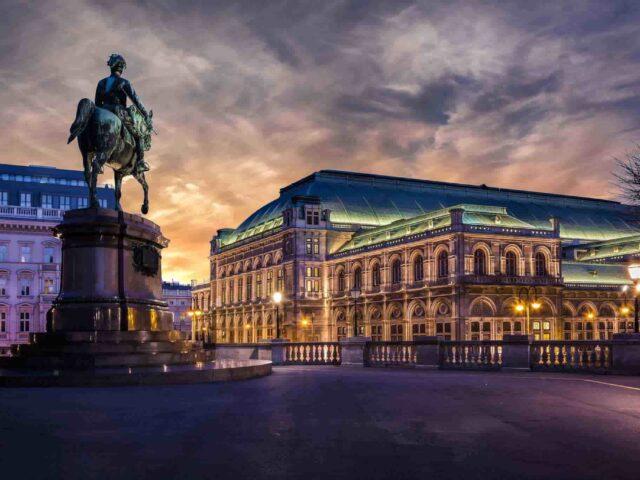 https://www.tourbulance.com.tr/wp-content/uploads/2018/09/Viyana-2-640x480.jpg