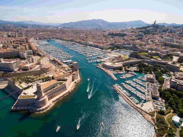 https://www.tourbulance.com.tr/wp-content/uploads/2018/09/aerial-view-of-marseille-pier-vieux-port-saint-jean-castle-a-640x480.jpg