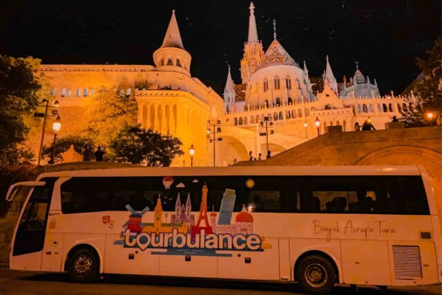 Otobüsle Avrupa Turu 2021, Tourbulance mi diğerleri mi?, Otobüsle Avrupa Turune kadara mal olur? | Tourbulance Otobüsle Avrupa Turu | Ekonomik Avrupa Turları | Büyük Avrupa Turu | Mini Avrupa Turu | Otobüsle Avrupa Turu Yorum.